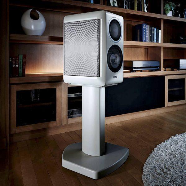 TAD CE1 Lautsprecher Neal Feay Design Weiß